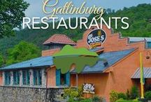 Gatlinburg Restaurants / So many great restaurants, it's hard to just choose one! Pin for later... get some great ideas for your next visit to the Smokies!