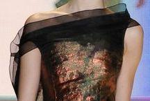 fantastiska klänningar.
