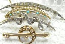 Antique brooches / The pick of the best antique and vintage brooches from AntiquesAvenue