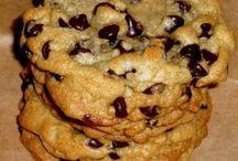 Cookies, cupcakes, bars & brownies / by Dana Riddle