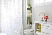 Bathrooms / by Amy Thomas