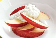 Quick Healthy Snacks / by Stephanie Liu