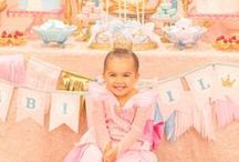 Princess Party / Every little girl dreams of being a princess, so why not through them a Princess party!
