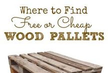 Pallets / anything and everything with pallets. / by Veronica Rodriguez