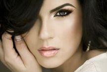 .Make-up. / Make-up ideas and Totorials / by Julie Oreno