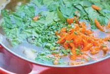 Soup Recipes / Favorite soup recipes. Tips, tricks and inspiration for making healthy soups at home. Best Pinterest soup pins.