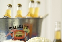 Super Bowl Party Ideas / Practically a national holiday in the US - if you're looking to throw a Super Bowl party over here in the UK, here are some ideas for you!
