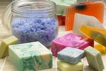 Homemade Bath & Beauty Products / by Melissa Lange-White