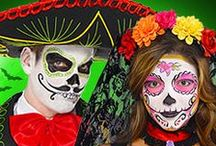 Day of the Dead Costume Ideas / Get inspiration for a stylish Day of the Dead costume for Halloween with face paint ideas and fancy dress tips.