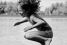 Summer : *Good Times* / Ob Urlaub in der Ferne oder auf Balkonien mit einzelnen Auszeiten in Form von Ausflügen, Campingtrips, Lagerfeuer, DIY Activities, den Tag am See oder einfach BBQ mit Famile und Freunden, der Sommer soll Spass bringen!