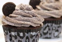 Cupcakes! / by Mandi Mentzer