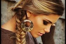 Hair, Beauty & Nails / by Brianna Beseler