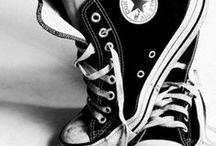 If the shoe fits / by Debbie Landeros