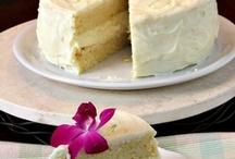 Love Cakes & Cupcakes / by Mariany Maldonado