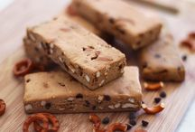 Homemade Protein Bars (Sugar and Gluten Free) / Sometimes you just need need a bar-might as well make it do something great for your body as well.