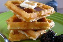 Gluten Free Breakfast / by Niki Emel