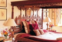 Traditional Decor / Embrace the rich cultural heritage of India by decking up your place with all things traditional.