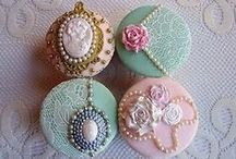 Cupcakes / by Darcelle Glazier