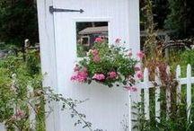 Flea Market Gardening /  We love Gardening and we love Flea Market shopping. Together it becomes art! Join us on FB. https://www.facebook.com/fleamarketgardening / by Flea Market Gardening