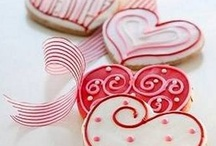 Valentine's Day - Eats & Treats  / by Dawn Vizzolini