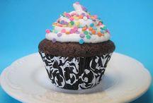 Little birthdays / Kids birthday parties / by Megan Spreer