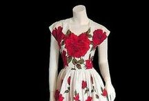 Vintage Dresses / Vintage dresses and styles that look like glamour!