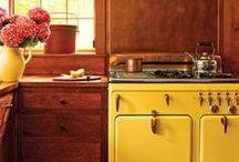 Kitchen Decor / by Liz Gianino