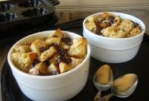 * Bread Pudding Yumminess / Super simple, homemade and economical Bread Pudding Recipes!