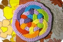 4 Crochet / by Raven Daniels