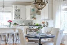 Kitchen inspo / Your kitchen is most likely the staple room in your home.  Gobs of inspo, simple to extravagant.
