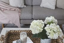 5 Key Accessories Every Home Needs / I truly believe any space can be made to feel inviting by incorporating 5 key accessories, as long as you have a foundation.