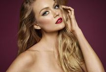 Blondes: Lindsay Ellingson / Model Lindsay Ellingson...one of the Victoria's Secret Angels.