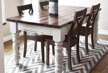DIY Furniture / by Samantha Moulder