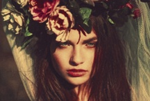 BOHEMIAN & HIPPIE STYLE / by Tracy Santell