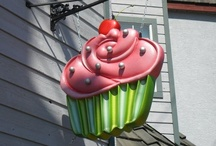 Cupcake Cafe Extraordinaire / by Cindy Kimpel