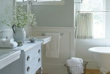 The Bath / Ideas for the bathrooms in the new house.  / by Melissa Johnsen