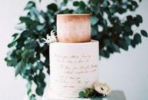 Wedding Cake / Wedding Cakes