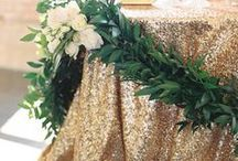 Gold Wedding Inspiration / Gold Wedding Inspiration Gold Wedding Ideas Gold Luxe Wedding Gold Glitter Wedding Gold Wedding Theme Gold Wedding Decor Gold Wedding Ceremony and Reception Gold Wedding Style by Sail and Swan