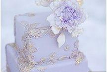 Lavender Wedding Inspiration / Lavender Wedding Inspiration Purple Lilac Lavender Wedding Theme Purple Lilac Lavender Wedding Style Lavender Wedding Decor Purple Lilac Lavender Wedding Ideas Lavender Wedding Styling by Sail and Swan