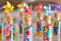 Party til You Drop / DIY:  Party ideas, theme ideas, cakes, decorations, invitations, tricks, etc.