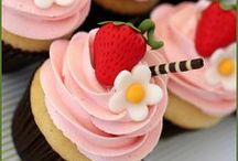 Favorite Cupcakes / by Reeniebeth N