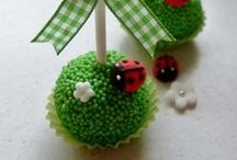 Cake Balls and Pops / by Reeniebeth N