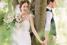 First Looks / First look photo ideas for brides and grooms. Capturing that very special moment of your wedding day.