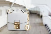 Bags & Accessories / Essential accessories and bags to complete your outfit