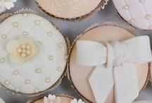 Nom Nom Nom / Wedding cakes and treats