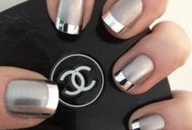 Fancy Schmancy Nails / by Jessica Myers (DeWitt)