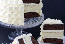Food - Cakes&CupCakes / by Rachel Matheson