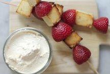 Fooood & Driiiink / Yummy...kinda like a food bucket list...and useful tips / by awesome_moma
