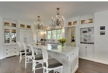 Kitchens / Design, inspiration and amazing pictures of kitchens we'd love to have.