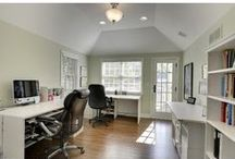 Home Offices / Design inspiration and homes with amazing home offices.